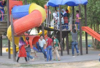 مدارس الامام الصادق الصيفية تنظم سفرة ترفيهية الى متنزه الناصرية - تقرير مصور -