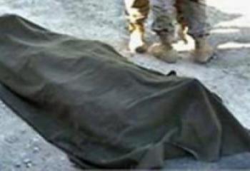 العثور على جثة شاب متفسخة في منزله بالغراف
