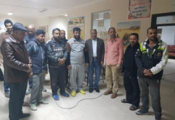 الناصري يزور الفريق التطوعي لصيانة رحلات المدارس في ذي قار