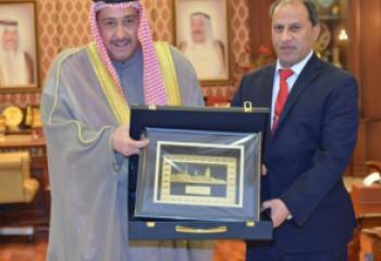 الناصري يعلن من الكويت الاتفاق على عقد مؤتمر استثماري في ذي قار