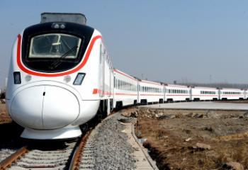 ذي قار :ارتفاع عدد المسافرين على السكك الحديد بنسة 40% في الشهرين الماضيين