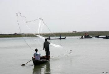 ذي قار تطالب باعانت شهرية لصيادي الاسماك بعد ان اصبحوا عاطلين بسبب الجفاف
