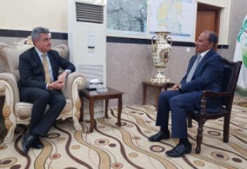 محافظذي قار يبحث مع السفير الايطالي الاستثمار في قطاعي النفط والسياحة