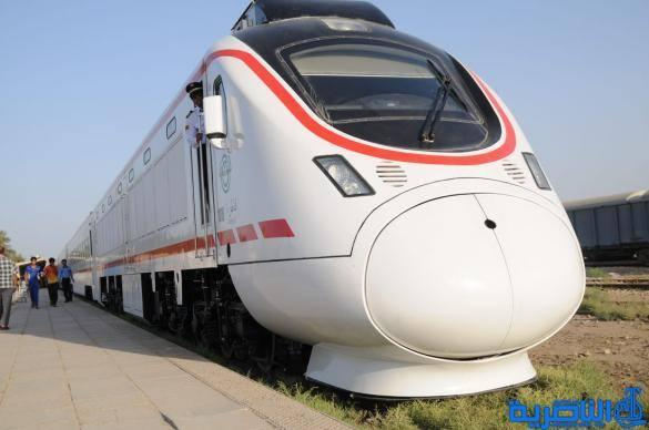 وصول اول قطار سياحي الى اهوار ذي قار وعلى متنه 250 سائحا