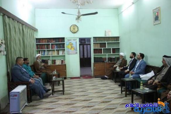 وفد من العتبة العباسية يبحث مع آية الله الشيخ الناصري إقامة اسبوع ثقافي تراثي في محافظة ذي قار