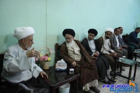 سماحة آية الله الشيخ محمد باقر الناصري يستقبل ممثل الإمام الخامنئي في العراق السيد مجتبى الحسيني