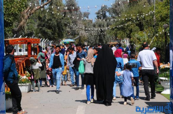 بالصور:احتفالات الناصرية بعيد النوروز في حدائق المدينة