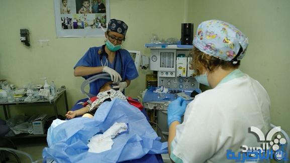 فريق طبي ايطالي يباشر باجراء عمليات تشوهات الشفة الارنبية والحروق في ذي قار