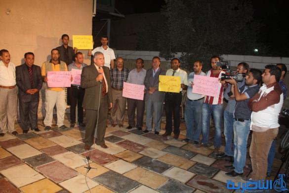 صحفيو ذي قار ينظمون وقفة احتجاجية تنديدا باعتقال كادر البغدادية ويقاطعون اجتماعا للشرطة - تقرير مصور -