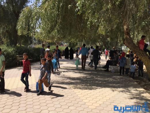 بالصور:مئات العوائل في الناصرية تحتفل بعيد النوروز