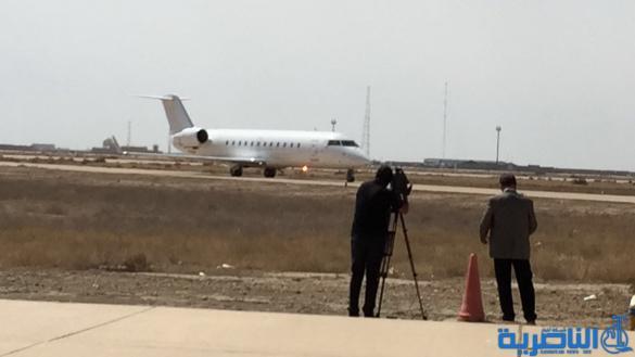 هبوط اول رحلة جوية على مدرج مطار الناصرية الدولي