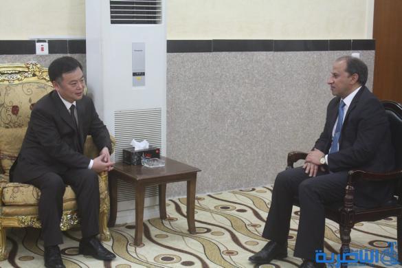 محافظ ذي قار يستقبل السفير الصيني والاخير يعلن ان الصين اصبحت الشريك الاقتصادي الاول للعراق