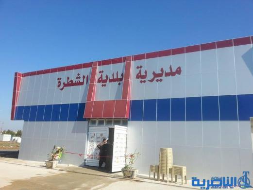 البلدية تنفذ حملة لاكساء الطرق في مدينة الشطرة