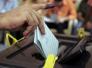 مصدر مسؤول: مرشحون للانتخابات متهمون بغسيل اموال ينشرون لافتات لتلميع صورهم
