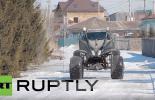 مهندس روسي يحقق حلم طفولته بصنع سيارة شبيهة بكائنات فضائية (فيديو)